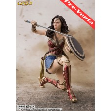 Batman: S.H. Figuarts - Wonder Woman